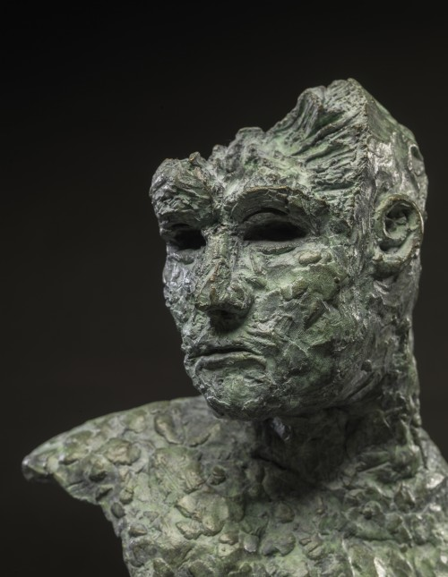 Mark Youd - Fragment LVI, Bronze, 24cm high (3)