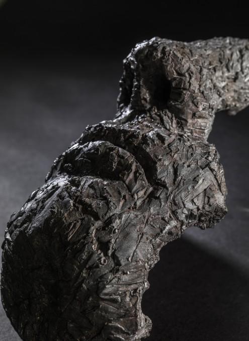 Mark Youd - Fragment LVII, Jesmonite, 27cm long (3)